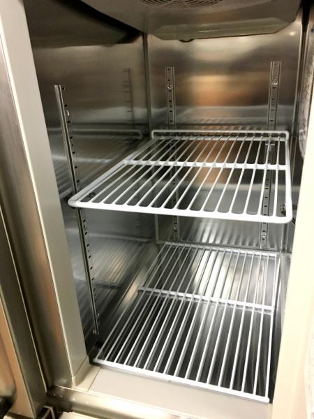 ホシザキ業務用縦型4ドア冷凍冷蔵庫HRF-90ZT3詳細画像3