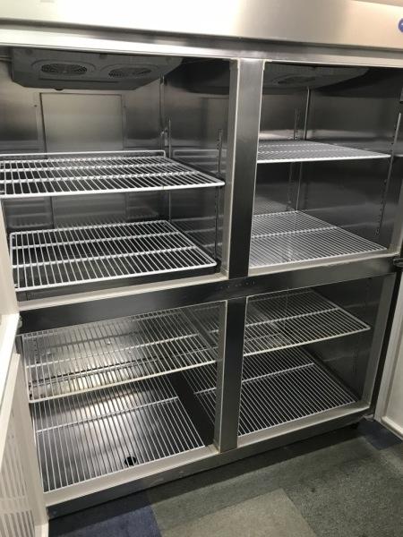 ホシザキ業務用縦型4ドア冷凍冷蔵庫HRF-150Z3詳細画像2