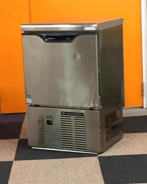 大和冷機 35kg製氷機 DRI-35LME