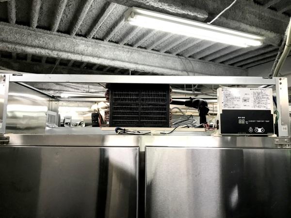 フクシマ業務用縦型4ドア冷蔵庫URN-40RM1詳細画像4