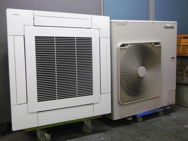 東芝 業務用エアコン・4馬力・3相200V AUEA011277M
