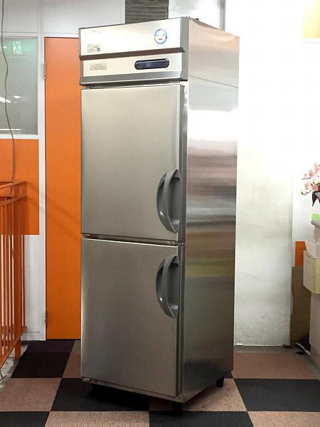 フクシマ 業務用縦型2ドア冷凍冷蔵庫買取しました!
