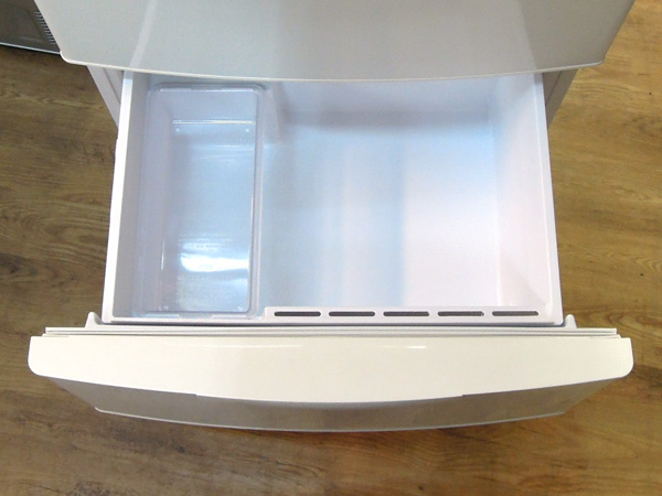 AQUA/アクア3ドア冷蔵庫AQR-271C(W)詳細画像3