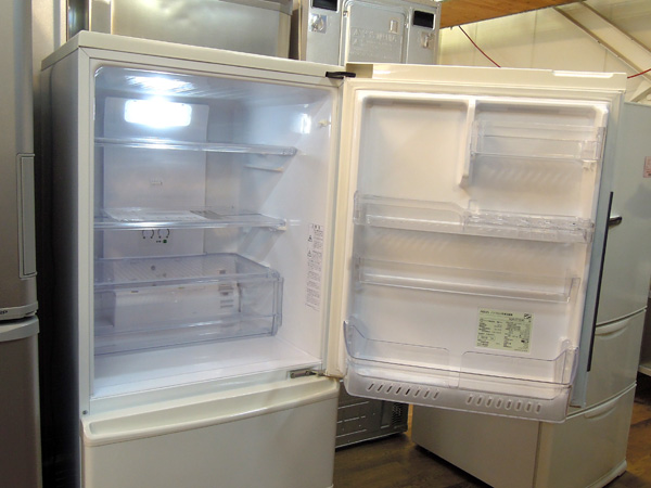 AQUA(アクア)3ドア冷蔵庫AQR-271E(W)詳細画像2