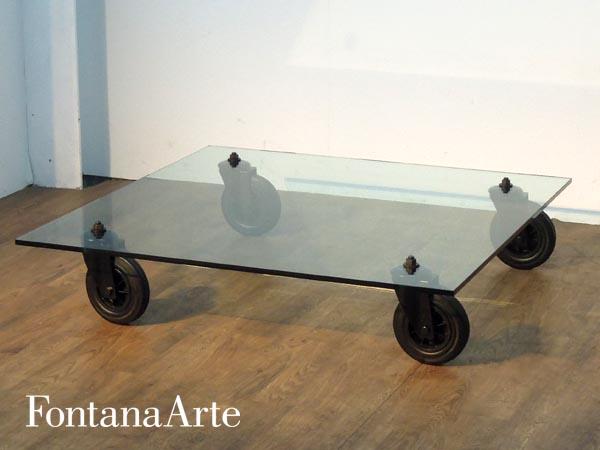 Fontana Arte( ファンタナアルテ ) ガラスローテーブル