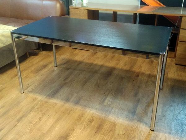USM Modular Furnitureハラーテーブルオーク ブラック