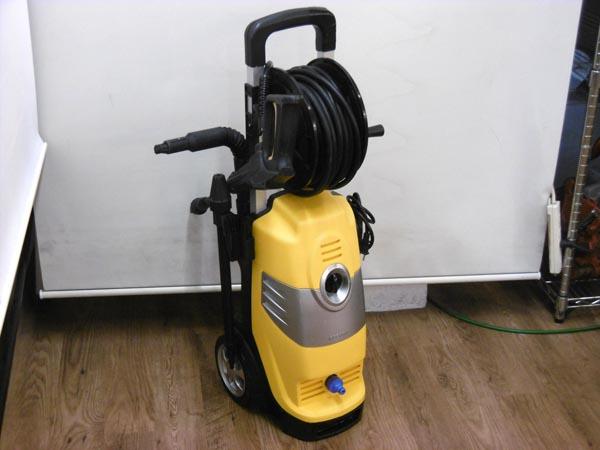 アイリスオーヤマ高圧洗浄機 100VFBN-611