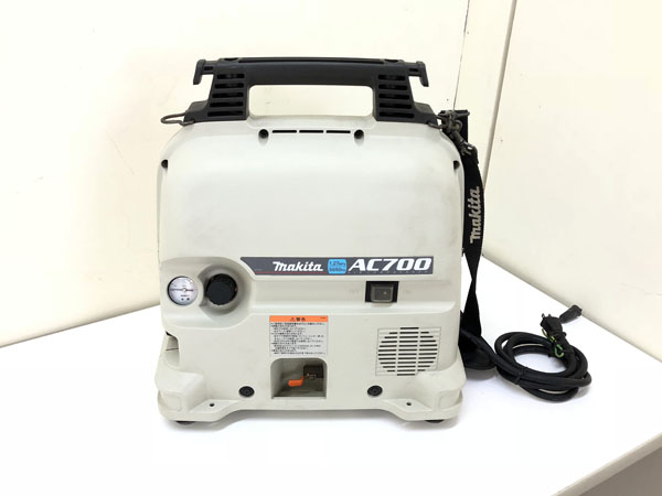 makita/マキタ常圧 エアコンプレッサーAC700