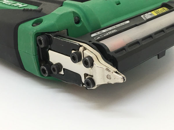 HITACHI/日立工機35mm コードレスピン釘打機 本体のみNP18DSAL詳細画像2