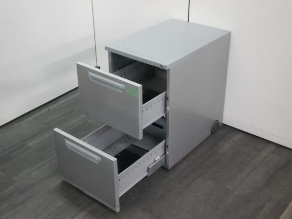 ウチダ(内田洋行)インワゴン2000000004227カギ付き 2段 シルバー詳細画像2