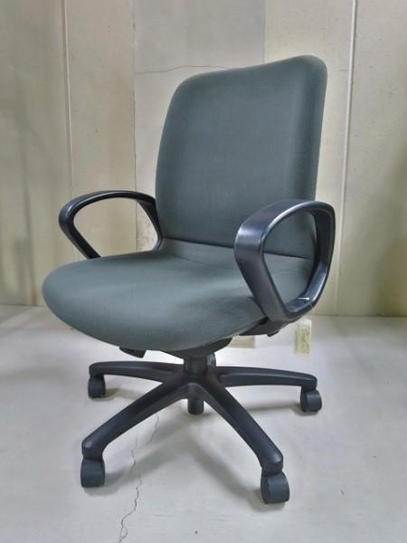 コクヨ 肘付ダイナフィット2チェア 中古|オフィス家具|事務イス|エグゼクティブチェア
