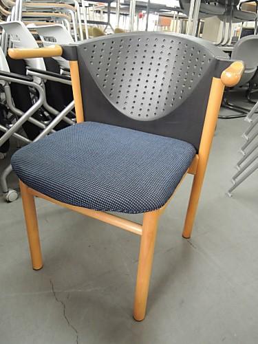 ウィルクハーン スタッキングチェア6脚セット 中古|オフィス家具|ミーティングチェア|デザイナーズ