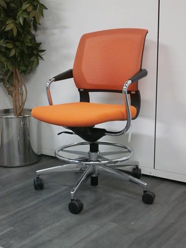 コクヨ サテリテチェア 中古|オフィス家具|肘付事務イス|ミーティングチェア