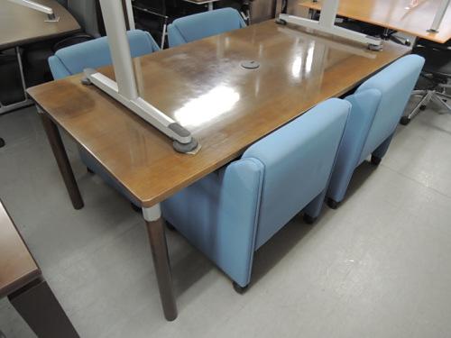 テーブル(ウチダ)チェア(オカムラ) 応接ミーティング5点セット 中古|オフィス家具|応接|ミーティングテーブル