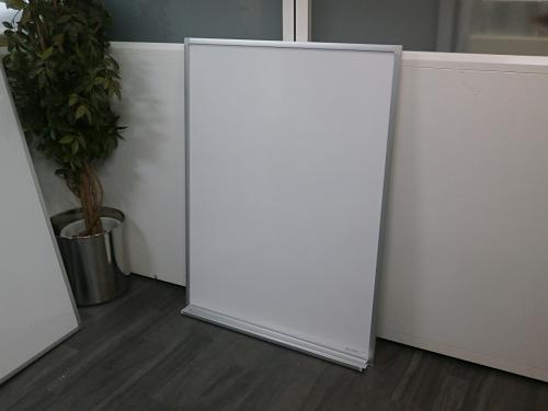 900壁掛ホワイトボード 中古|オフィス家具|ホワイトボード