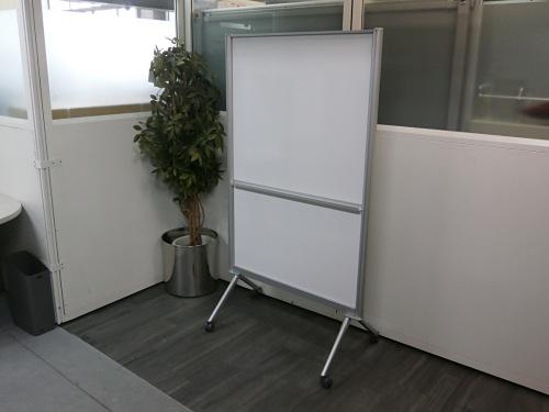 UCHIDA W900ホワイトボードパネル 中古 オフィス家具 ホワイトボード
