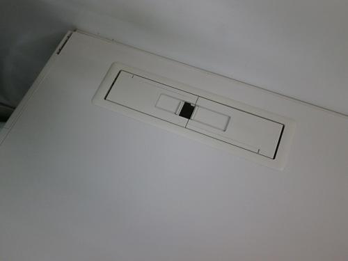 コクヨ1000片袖デスクJ1409Kカギ付 キズ有 中にはダクトパーツ違い有詳細画像4