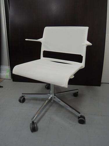 ウィルクハーン Alineミーティングチェア6脚セット 中古|オフィス家具|ミーティングチェア|デザイナーズ