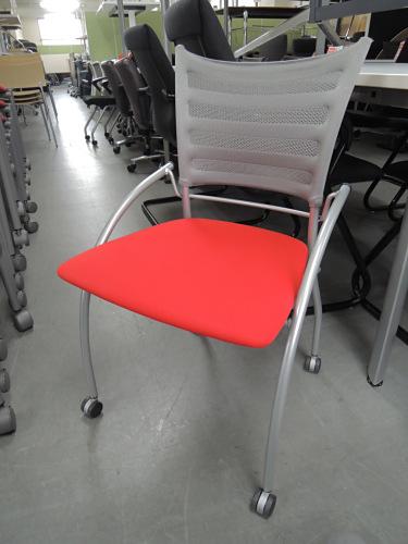 イトーキ プリエ2ネスティングチェア4脚セット 中古|オフィス家具|ミーティングチェア