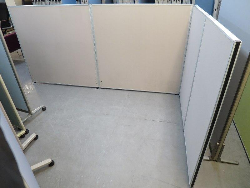 4連L型パーテーション 中古 オフィス家具 パーテーション 連結式