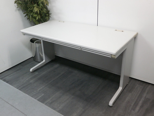オカムラ 1400OAデスク 中古 オフィス家具 事務机