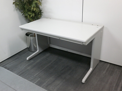 オカムラ 1200OAデスク 中古 オフィス家具 OAデスク