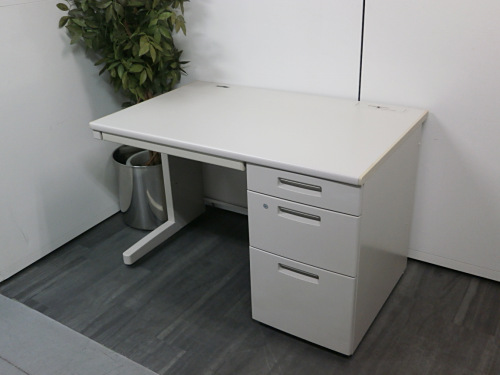 コクヨ 1100片袖デスク 中古 オフィス家具 事務机
