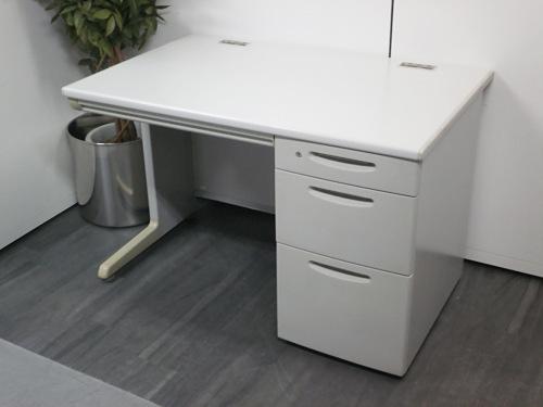 オカムラ 1100片袖デスク 中古 オフィス家具 事務机