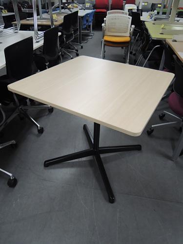 UCHIDA 角テーブル 中古 オフィス家具 ミーティングテーブル