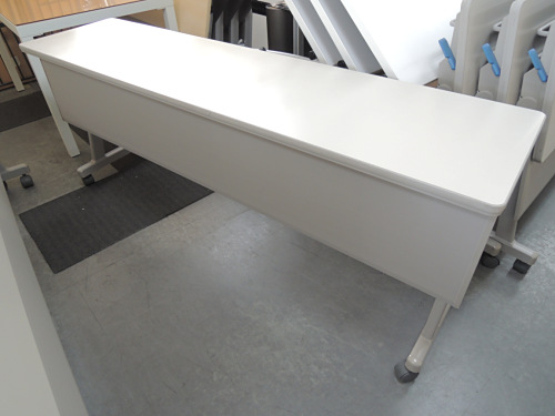 コクヨ サイドスタックテーブル 中古|オフィス家具|ミーティングテーブル