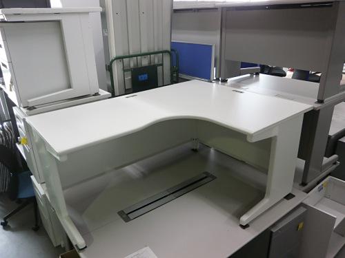 プラス 1600L型デスク 中古 オフィス家具 OAデスク
