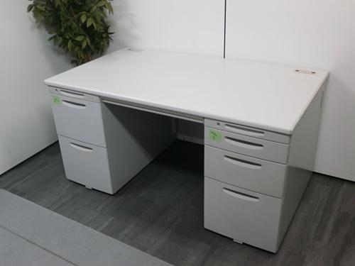 オカムラ 1400両袖デスク 中古 オフィス家具 事務机