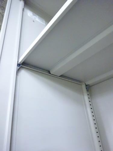 オカムラスライド上下書庫Q1302Mカギ付 棚板4枚詳細画像3