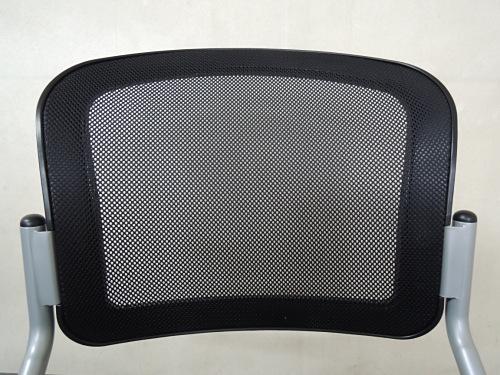 ネスティングチェア4脚セットR1710Aブラック キャスター付 背メッシュ詳細画像3