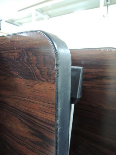オカムラサイドスタックテーブルR1715Aチーク 棚付 ソフトエッジ キズ有詳細画像4