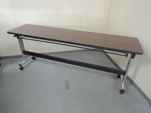 オカムラ サイドスタックテーブル 中古|オフィス家具|ミーティングテーブル