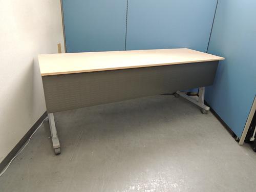 ウチダ サイドスタックテーブル 中古|オフィス家具|ミーティングテーブル