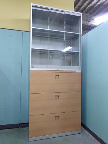 オカムラ ガラススライドラテラル上下書庫 中古 オフィス家具 書庫