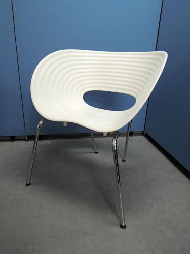 Vitra(ヴィトラ) トムバックチェア4脚セット 中古|オフィス家具|ミーティングチェア|デザイナーズ