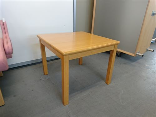 ウチダ コーナーテーブル 1