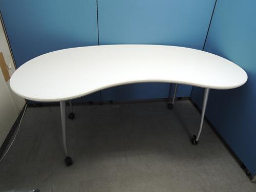 コクヨ パプリカ勾玉形テーブル 中古|オフィス家具|ミーティングテーブル