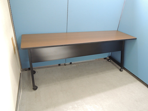 プラス サイドスタックテーブル 中古|オフィス家具|ミーティングテーブル
