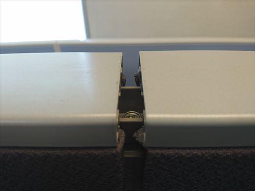 イナバ3連自立パーテーションS1703Yブラック・グレー・布張り・キズ・スレ・汚れ・エンドカバーなし・上部カバー部材欠品詳細画像4