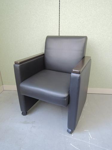 プラス ネクシスアームチェア6脚セット 中古|オフィス家具|ミーティングチェア