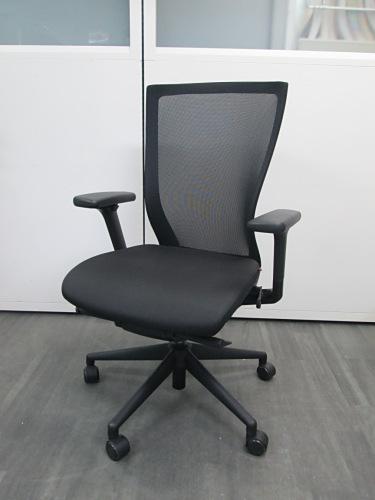FURSYS(ファシス) 肘付T500チェア 中古|オフィス家具|事務イス|デザイナーズ