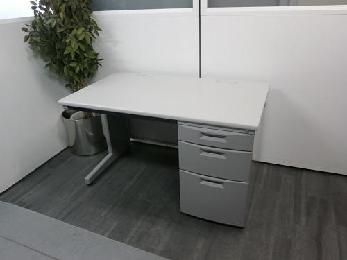 イトーキ 1200片袖デスク 中古 オフィス家具 事務机