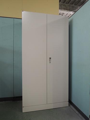 オカムラ ワードローブ 中古 オフィス家具 ロッカー