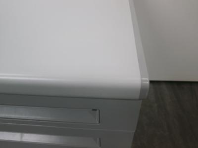 ウチダ(内田洋行)サイドデスク2000000012322カギ付 3段 キズ小 天板ペールグレイ詳細画像3