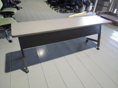 イトーキ サイドスタックテーブル 中古 オフィス家具 サイドスタックテーブル