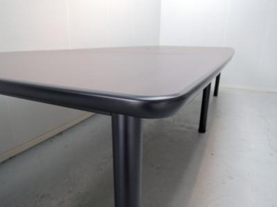 ライオンミーティングテーブル2000000014467配線ボックス付/天板3分割/ソフトエッジ/箱渡/お客様組立(取扱説明書・組立て工具付)詳細画像2